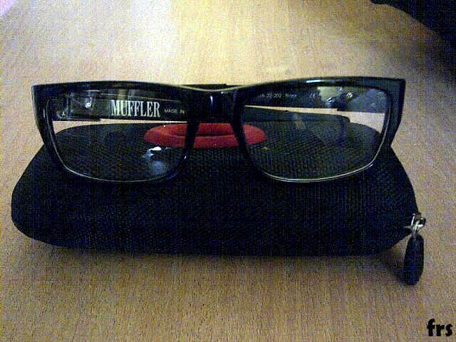 Terjual kacamata oakley muffler  a931e3c7e5
