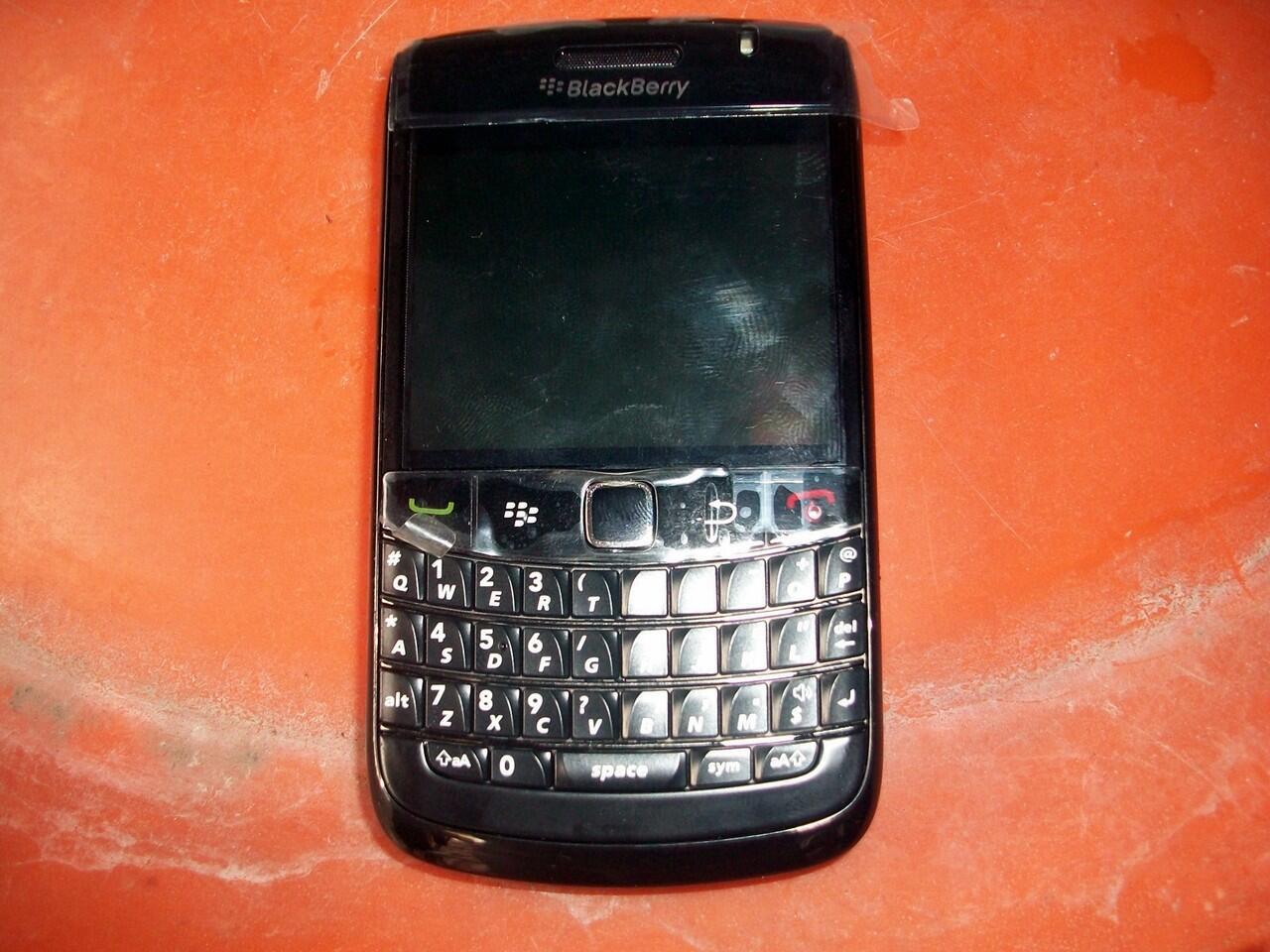 Blackberry Onyx 2