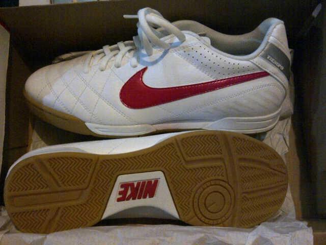 Terjual   ORIGINAL   TERMURAH SE KASKUS   Sepatu Futsal   Sepatu ... 0de12d1468