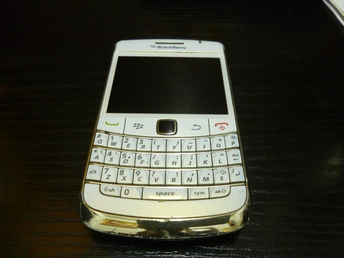 Blackberry Bold 9780 / Onyx 2 White/Putih