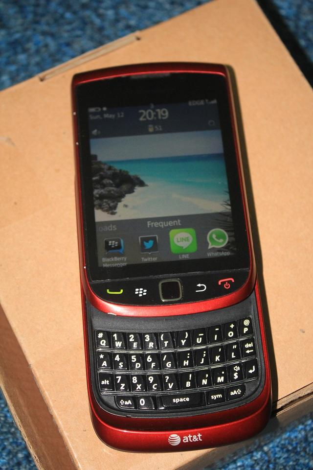 Blackberry Torch 1 9800 Yogyakarta JOGJA