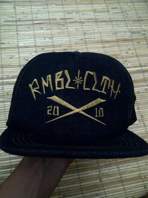 Terjual JUAL TOPI RUMBLE 20X10 GOOD CONDITION SURABAYA  0a1d47669a