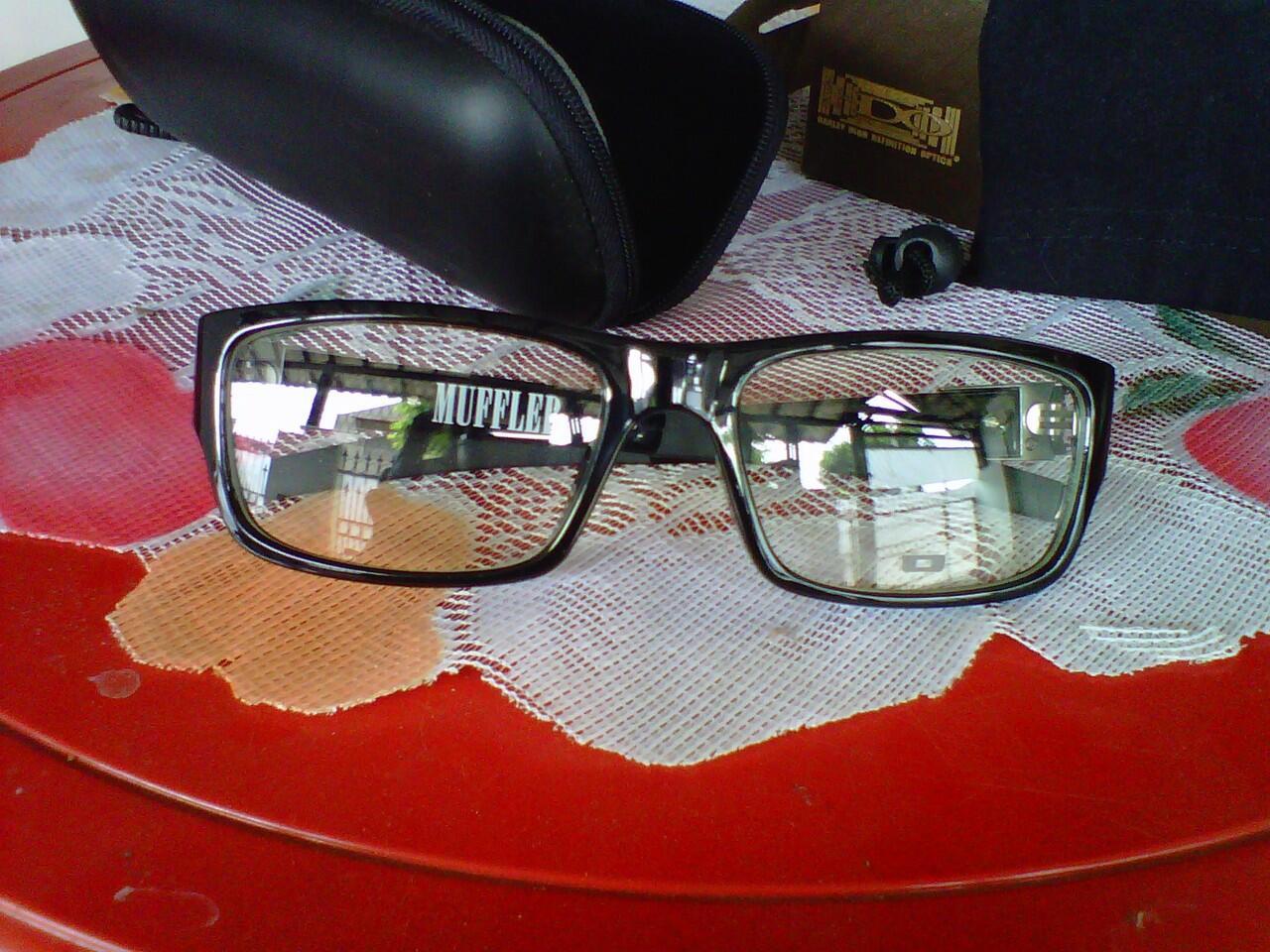 Jual Kacamata Oakley Muffler Jual Kacamata Oakley Muffler b551857336