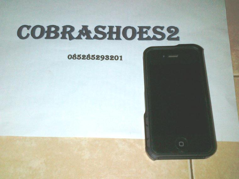 WTS iPhone 4S 64GB Black Fullset Mulus 98% atau WTT dengan iPhone 5 Black 16/32 GB