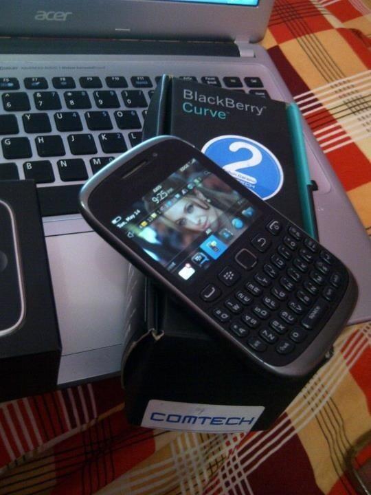 Blacberry 9800 & 9320 masih garansi resmi semua murmer solo,semarang,jogja