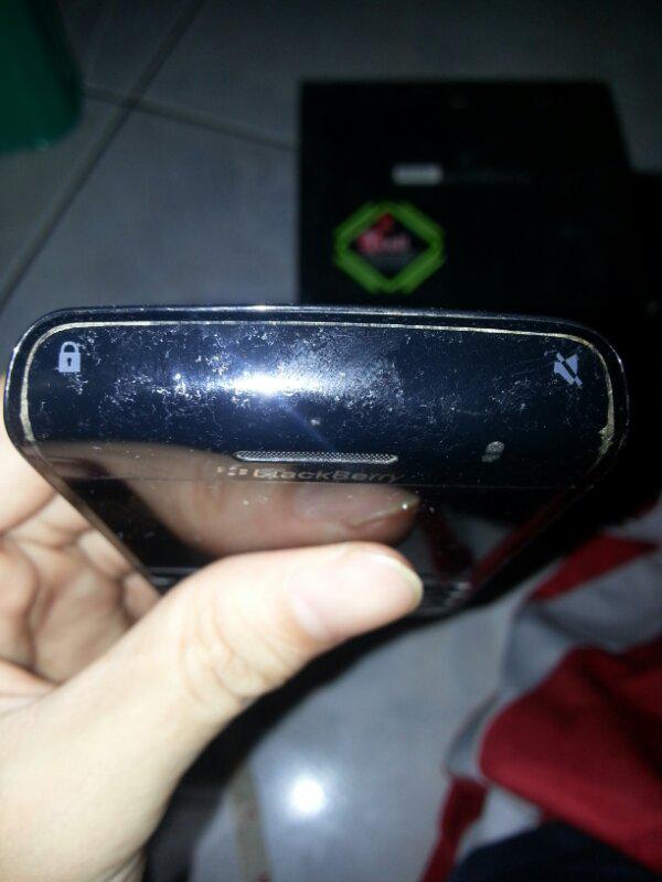 WTS Jual BlackBerry (BB) Onyx 2 9780 Warna Hitam