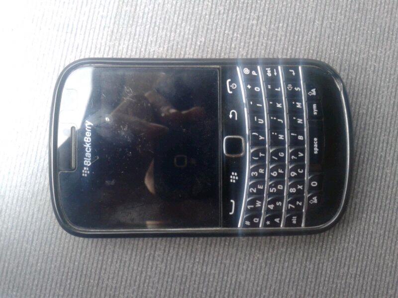 Jual Blackberry Dakota 9900 2nd masih gresh