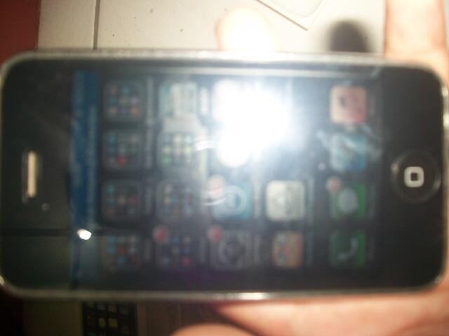 IPHONE 3GS 16GB White FU, 95%, Bonus 2 Capdase + copy app & film + cendols +3