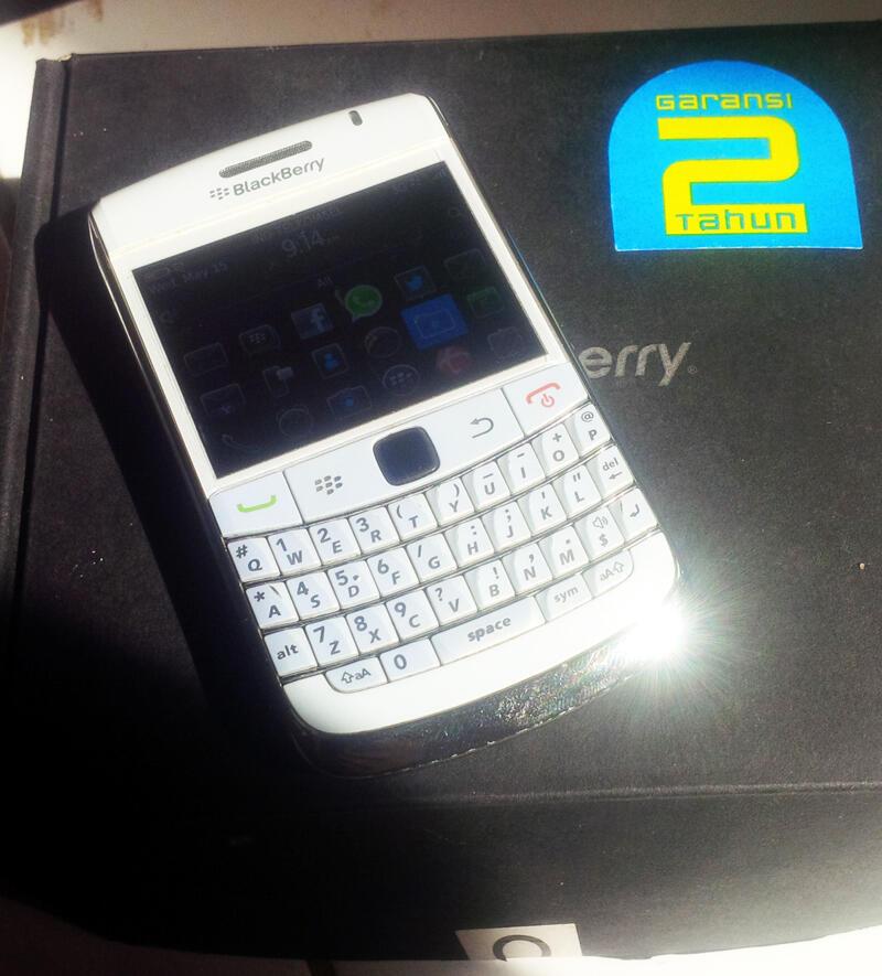 WTS : Blackberry 9700 white ex garansi CTN