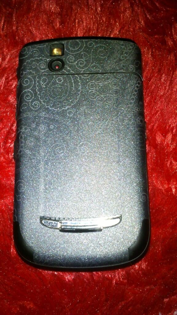 [JUAL] Blackberry 9650 a.k.a ESSEX (Fullset, Bandung!)