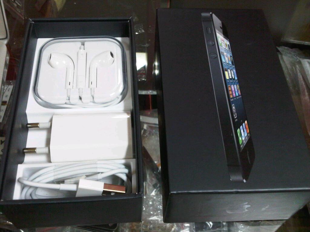 iphone5 iphone 5 hitam 16giga, FU,garansi SINGAPORE desember2013, FULLSET