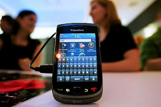 BlackBerry 9800 Torch:085756927555