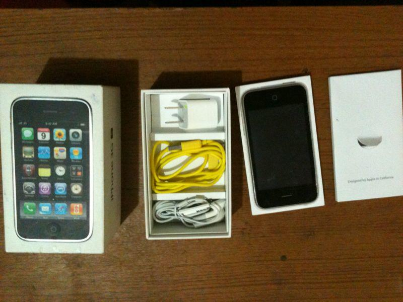 i phone 3gs 32 gb warna putih elegan FU full set