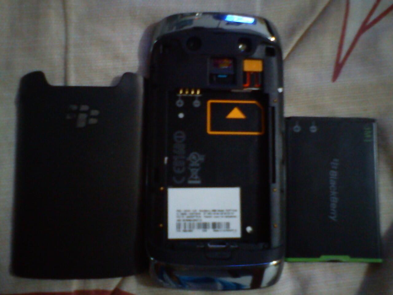 Jual Murah! Blackberry 9860 Monza a.k.a Torch 3 Black PIN Cantik Fullset Bogor