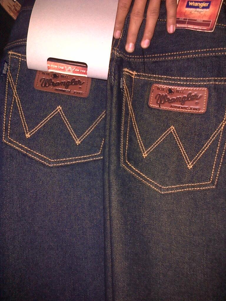 Celana Jeans Wrangler Pendek Dan Panjang HARGA GLOSIR
