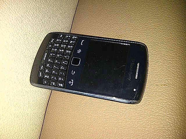 FOR SELL : Blackberry Apollo 9360