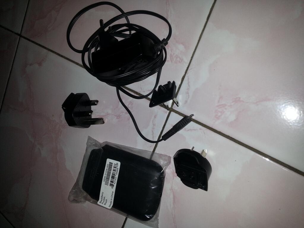 WTS: Blackberry 9780 aka Onix 2 Black ex TAM