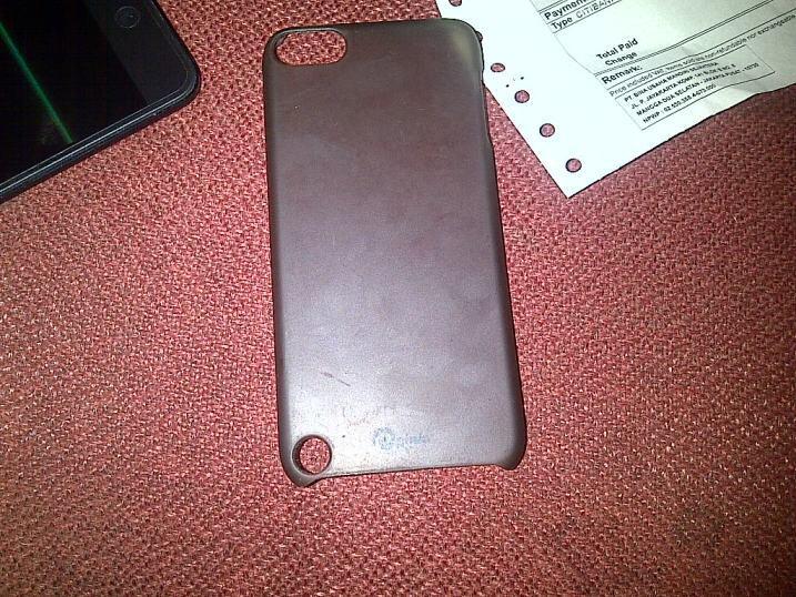JUAL: iPod Touch 5 th Gen 64gb BLACK SECOND LIKE NEW MURAH LOKASI JAKARTA