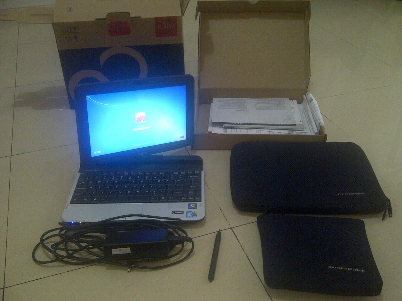Fujitsu T580 Convertible Touchscreen - Nego