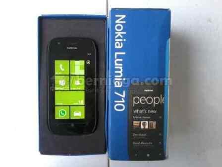 Nokia Lumia 710 Mulus segel dan Garansi