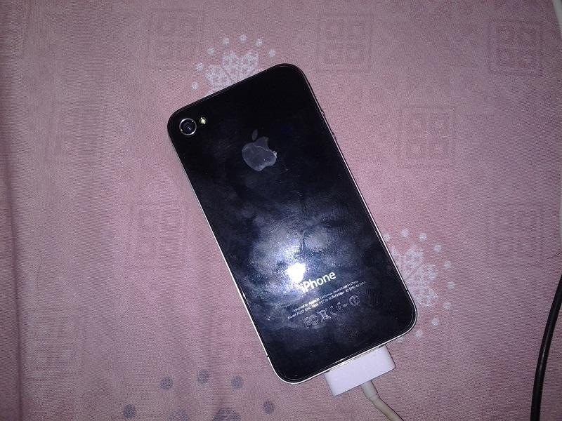 Jual iPhone 4 32GB Black Locked Bandung
