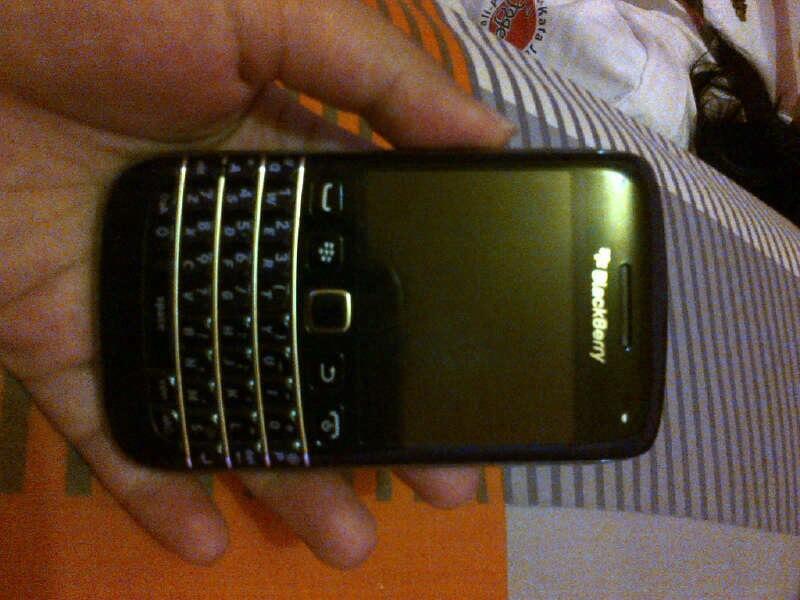 BLACKBERRY BELLAGIO BOLD 9790 ONYX 3 BLACK