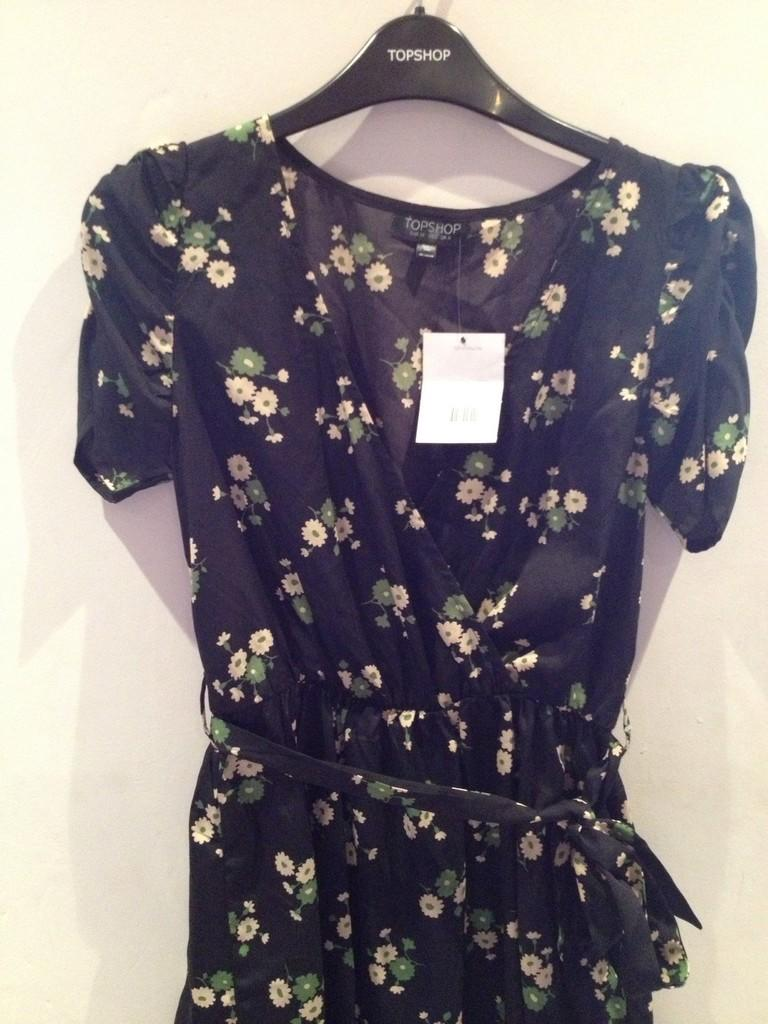 Topshop Floral Dress size US 6 (Small)