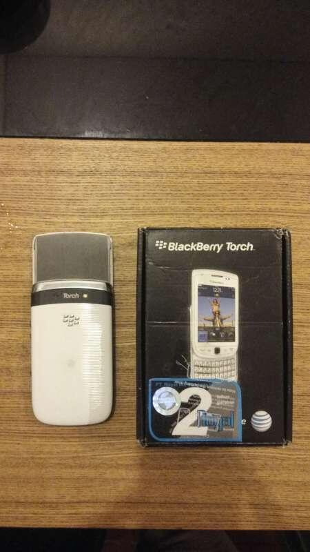 Jual Blackberry Torch 9800 White Fullset