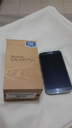 Samsung Galaxy S4 Black masih 1 minggu pakai