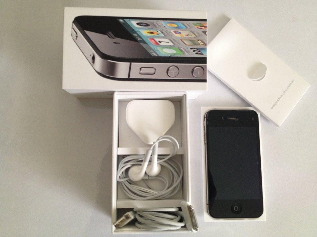 Sell iPhone 4s Black 16 GB