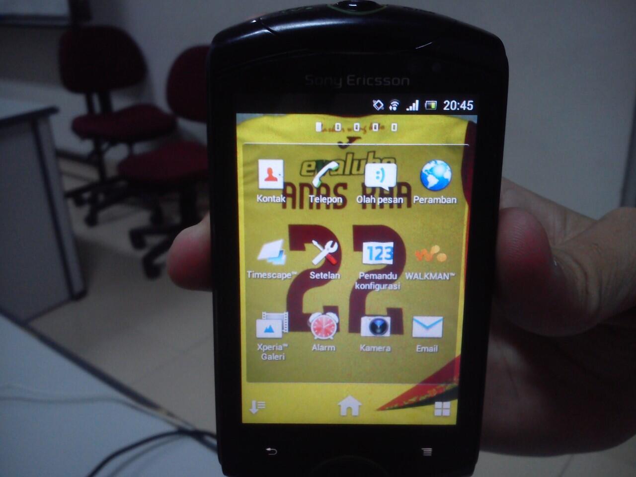 Jual Cepat Sony Ericsson WT19I jogja [Muluuuuuus] istimewaaa gan :D