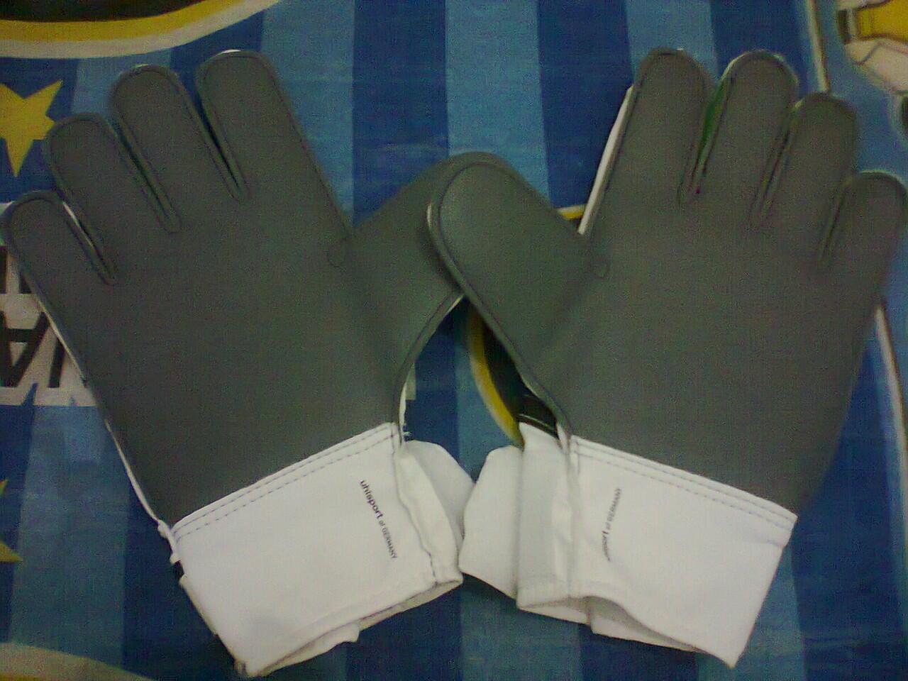Lelang Sarung Tangan Kiper Original Uhlsport (BNIB/New)