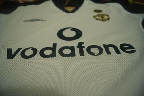 JUAL Jersey Centenary Manchester United 2001/2002 Retro secong