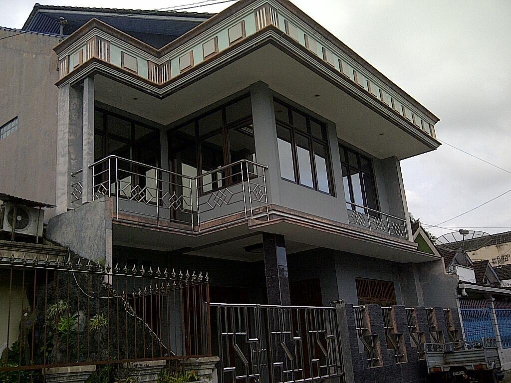 Jual Rumah mewah di Perum Lembah Hijau Kota Magelang