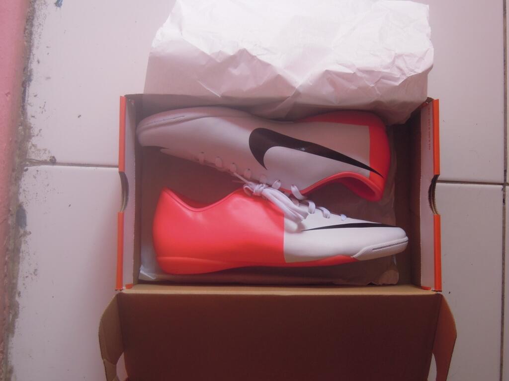 [WTS]sepatu nike mercurial victory iii euro 2012 edition size 43 BNIB<<TURUN HARGA>>