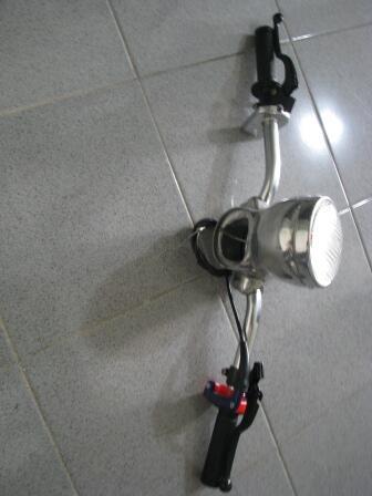 Stang Jepit Vespa Dan Lampu Spakbor