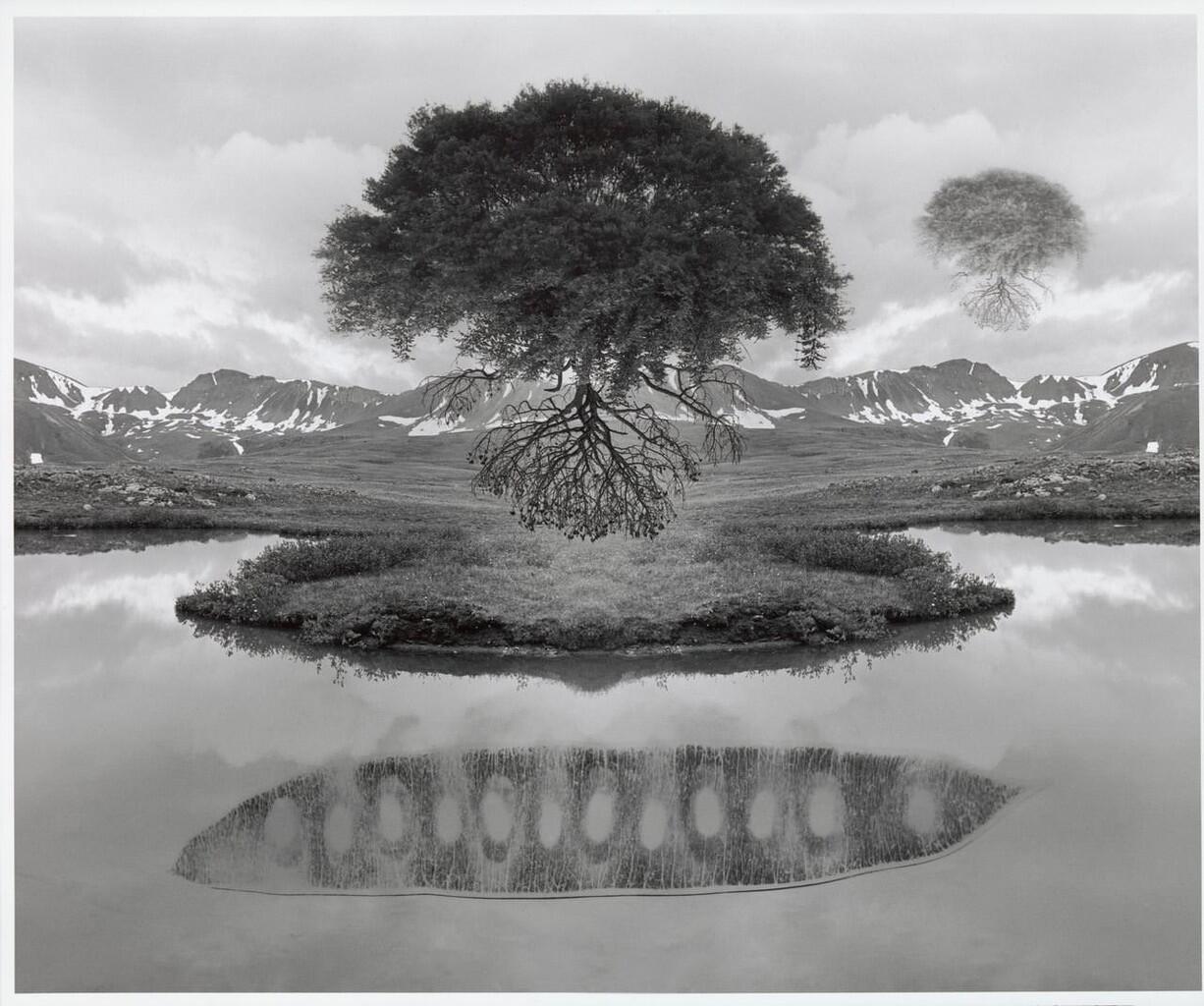 [HOT] Jerry Uelsmann, Master Manipulasi Foto Sebelum Era Digital