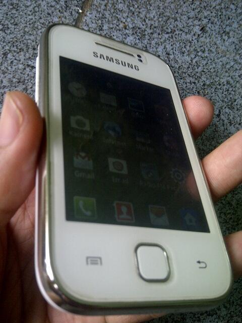 JUAL cepet.BU..Samsung galaxy young putiih,,fullset,,murah,,cod bandung