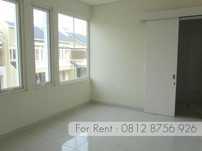 Disewakan / Dikontrakkan Rumah Modern Minimalis (Semi Furnish) Modernland Tangerang