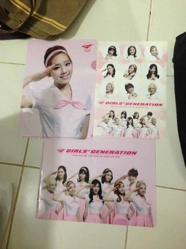 [Ready Stock] SNSD 2013 World Tour Merchandise: Girls and Peace & others
