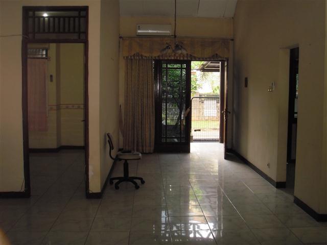 Rumah Nyaman di Copylas Mega Kebon Jeruk Jakarta Barat