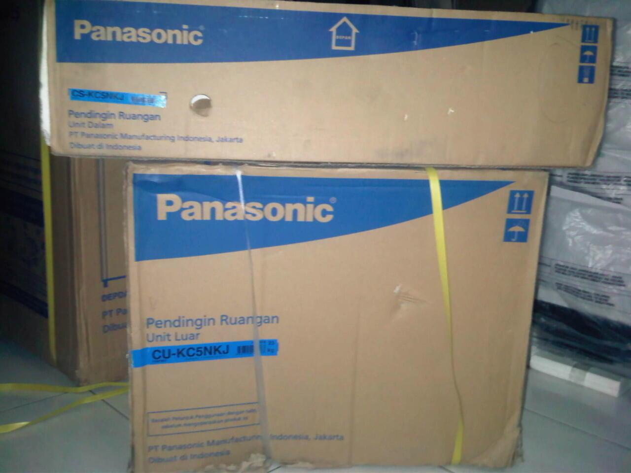 Terjual AC PANASONIC 1 2 PK Alowa Series Low Watt Eco