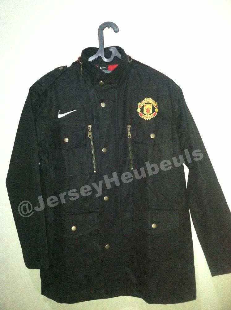 Jacket Manchester United Nike Hemp (High Quality material)