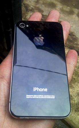 WTS IPhone 4 16GB murahh like new fullset prefer COD Bandung