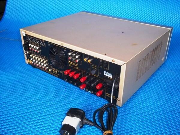 NAKAMICHI RECIEVER AV-8 > 5in 1 ORIGININAL Gold color.
