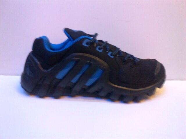 a70ff81c4b Terjual Sepatu adidas