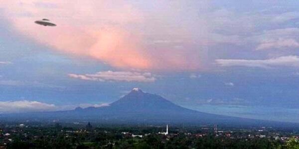 7 Berita Hoax yang Menghebohkan Indonesia