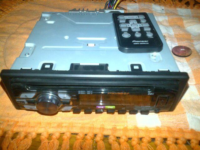Tape pioneer DEH-2450UB