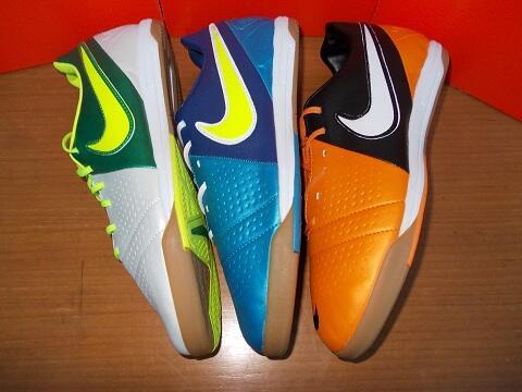 Sepatu Futsal NIKE CTR 360 LIBERTO III & NIKE CTR 360 MAESTRI (NIKE CTR Iniesta)