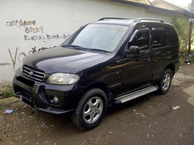 Daihatsu Taruna CSR EFI M/T 2001 Hitam